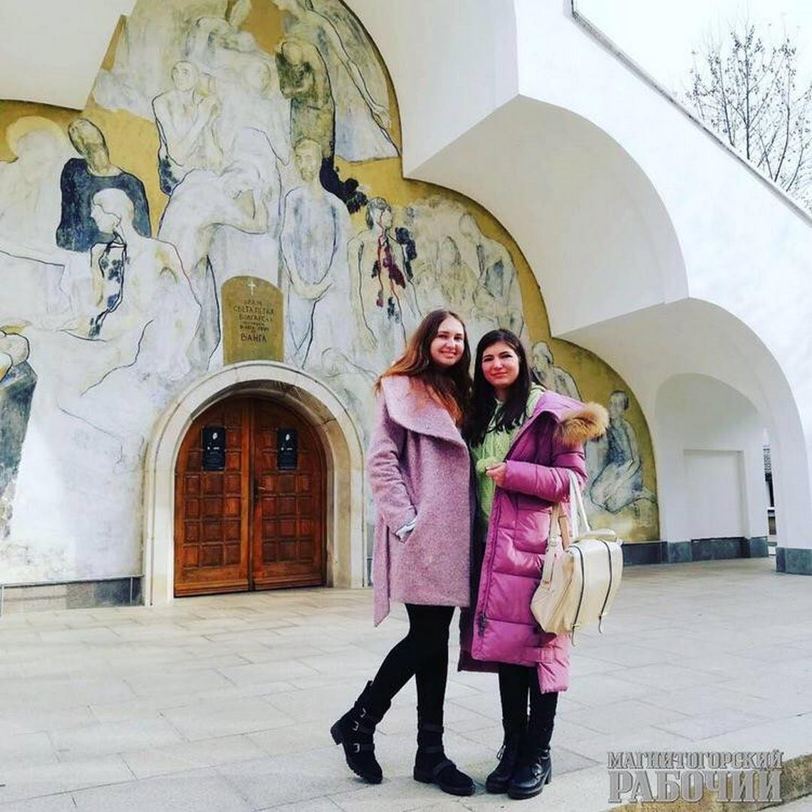 «Как вкино!» Жительница Магнитогорска стала первой студенткой в Болгарии и нашла там бабушку