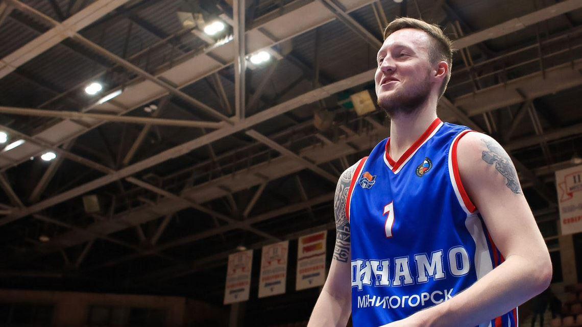 Никита Клюндиков: «У нас собрался очень хороший коллектив. Мы спокойно можем доводить все матчи до побед»